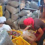 Prefectura facilita comercialización de horchatas La Laureñita